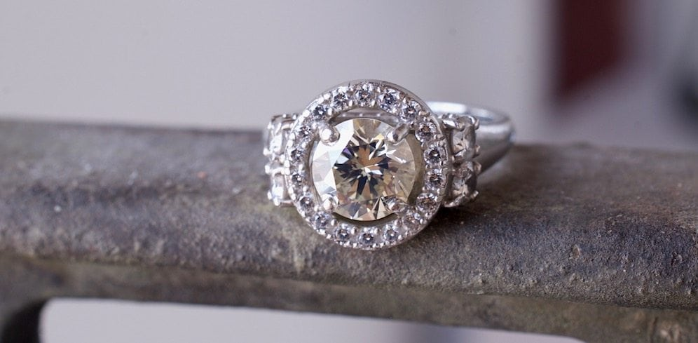 Halo Engagement Rings: Why Halo Rings Are on the Rise